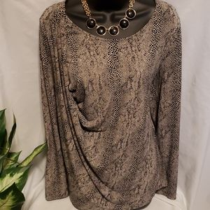 Vince Camuto snake print LS drape front tunic L